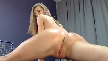 Merry Pie fingering her ass and fisting her pussy with hand