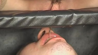 russian young mistress pissing