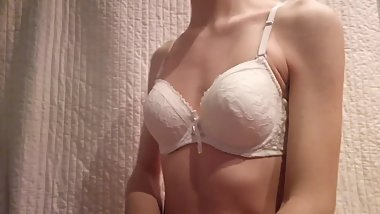 Wearing my Mother Bra Crossdressing Skinny Boy with Bra and playing nipples