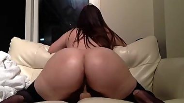 Amazing hot young BBW Tasha twerking a big bouncing ass