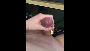 Quick cum with tied balls
