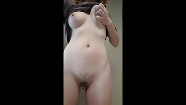 Good slut shows off perky tits and lucious curves