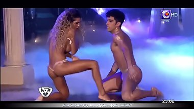 Cinthia Fernandez strip dance on tv show