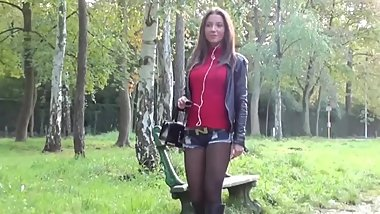 SEXY PANTYHOSE&BOOTS OUTDOOR WALKING