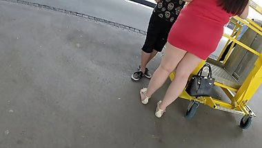 BEST 2018 SEXY TEEN MILF LEGS CROSSED TOES AMATEUR VOYEUR CANDID FEET 6