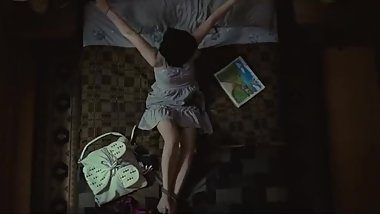 Chloe Grace Mortez sexy feet and hands tied up