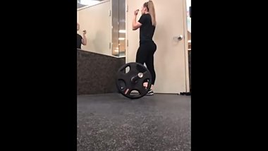 Blond teen pawg with perfect gym booty