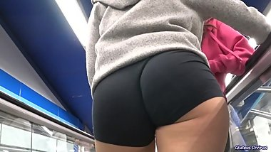 Beautiful asses caught on camera by GLUTEUS DIVINUS